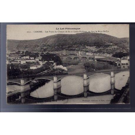 Carte postale 46 - Cahors - Les ponts du chemin de fer et Louis-Philippe - en face le Mon...