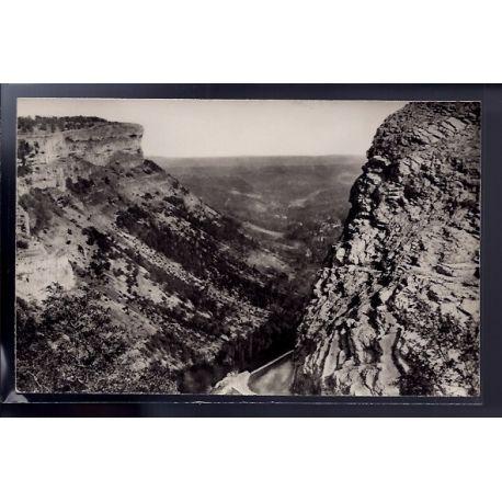 Carte postale 46 - pres St Cere - Gorges d' Autoire - Voyage - Dos divise...