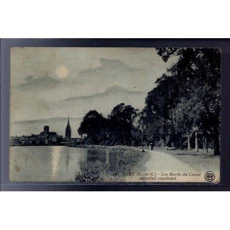 Carte postale 47 - Agen - Les bords du Canal au soleil couchant - Voyage - Dos divise...