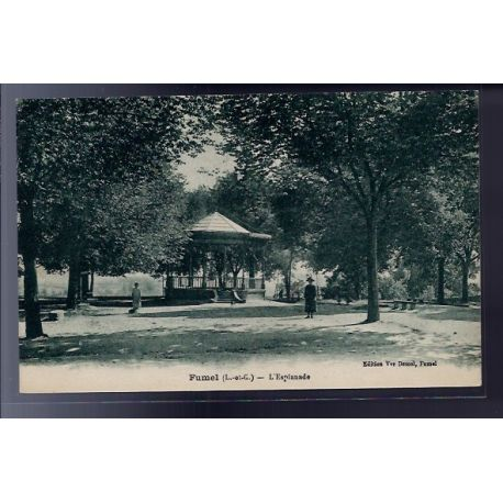 Carte postale 47 - Fumel - L' esplanade - Non voyage - Dos divise...