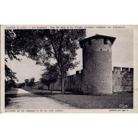 Carte postale 47 - Vianne - Les remparts - un des deux tours d'angle circulaire saillantes a