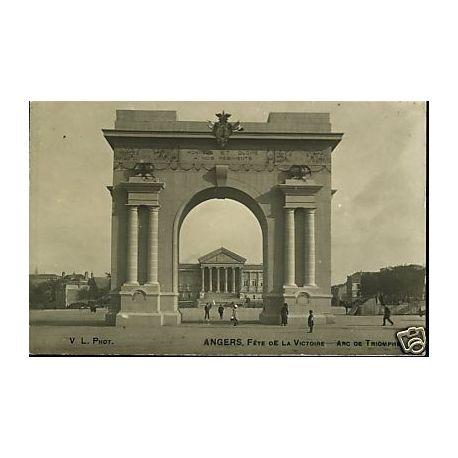 Carte postale 49 - Angers - Fete de la victoire - Arc de triomphe