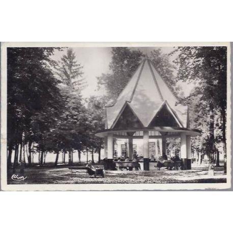 Carte postale 52 - Bourbonne les Bains - Etablissement thermal