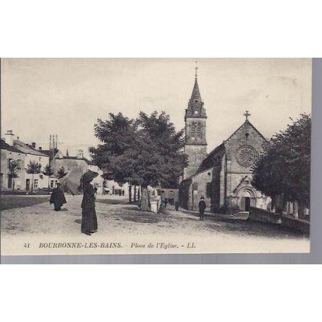 Carte postale 52 - Bourbonne les Bains - Place de l'Eglise