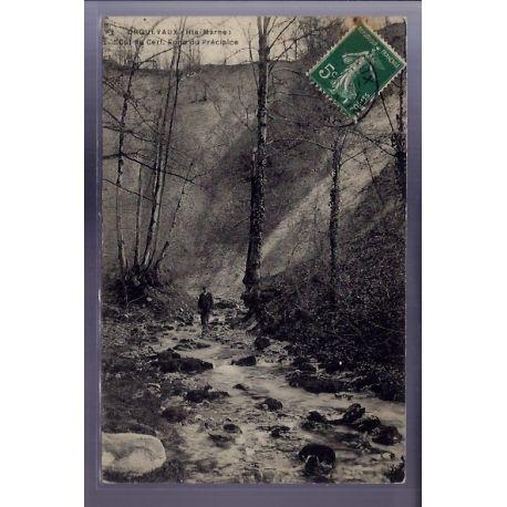 Carte postale 52 - Orquevaux - Cul du Cerf. Fond du precipice - Voyage - Dos divise