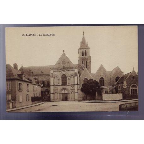 Carte postale 53 - Laval - La Cathedrale - Non voyage - Dos divise