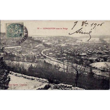 54 - Longuyon - Ville sous la neige - Voyage - Dos divise