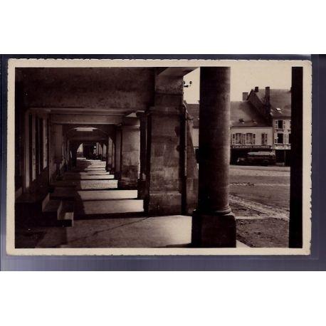 Carte postale 55 - Stenay - Les Arcades - Voyage - Dos divise