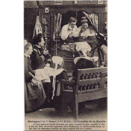 56 - Bretagne - Le coucher de la mariee - Non voyage - Dos divise