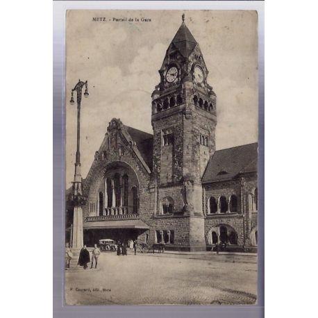 Carte postale 57 - Metz - Portail de la Gare - Voyage - Dos divise