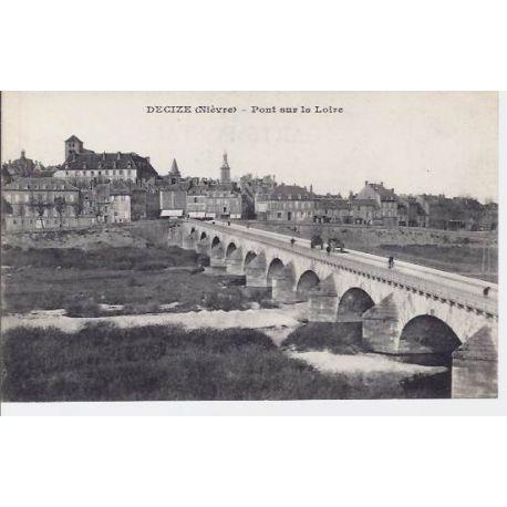 Carte postale 58 - Decize - Pont sur la Loire