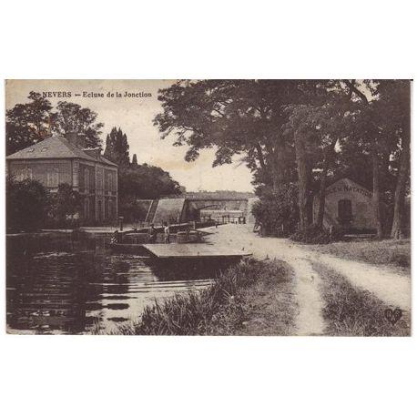 Carte postale 58 - Nevers - Ecluse de la Jonction