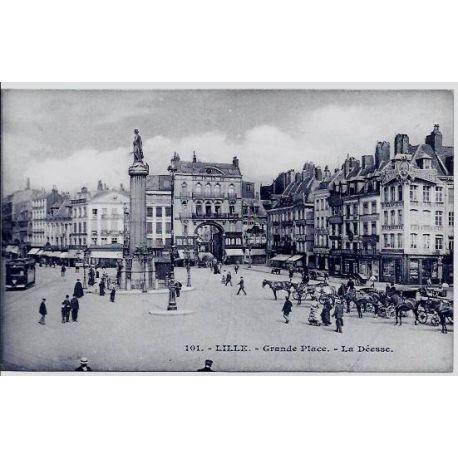 Carte postale 59 - Lille - Grande place - La Deesse - Non voyage - Dos divise