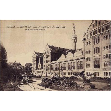 Carte postale 59 - Lille - Hotel de Ville et Square du Reduit