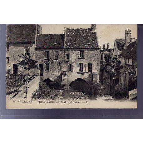 Carte postale 61 - Argentan - Vieilles maisons sur le bras de l'Orne - Non voyage - Dos div