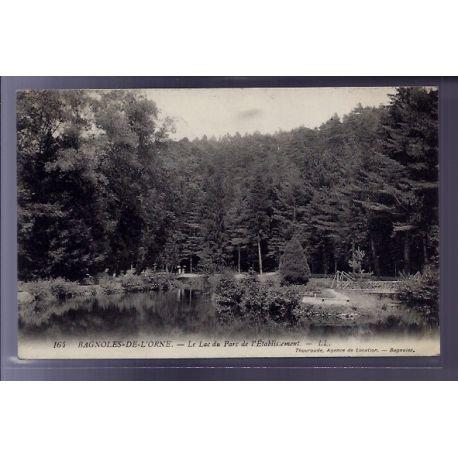 Carte postale 61 - Bagnoles-de-l'Orne - le Lac du parc de l'etablissement - Voyage - Dos di