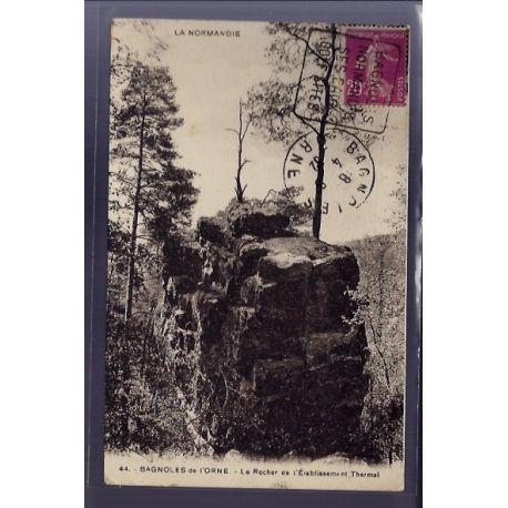 Carte postale 61 - Bagnoles-de-l'Orne - le rocher de l'etablissement Thermal - Voyage - Dos