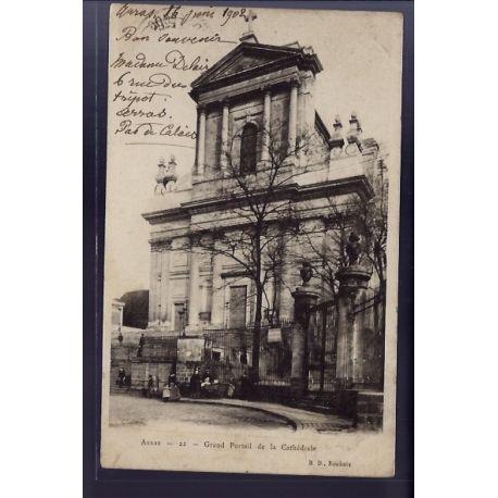 Carte postale 62 - Arras - Grand portail de la Cathedrale - Voyage - Dos non divise