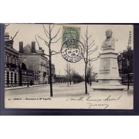 Carte postale 62 - Arras - Monument de Mr Legrelle - Voyage - Dos non divise