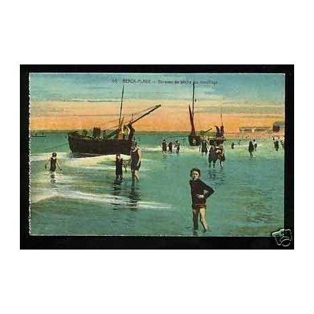 Carte postale 62 - Berck-Plage - Barques de peche au mouillage