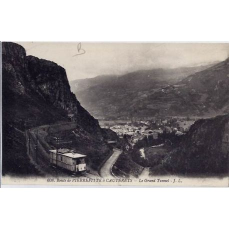 Carte postale 65 - Cauterets - Route de Pierrefitte - Le grand tunnel - Non voyage - Dos div