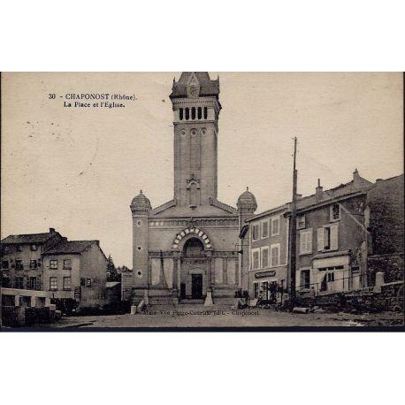 Carte postale 69 - Chaponost - La place et l'eglise