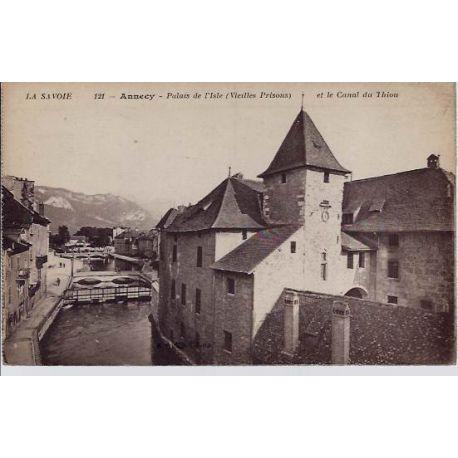 Carte postale 74 - Annecy - Palais de l'Isle ( vieille prisons) et le canal de Thiou - Non v