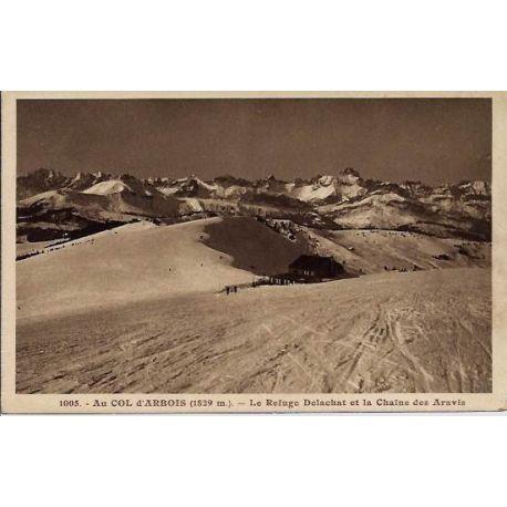 Carte postale 74 - Au col d'Arbois - Le refuge Delachat et la chaine des Aravis - Voyage - D