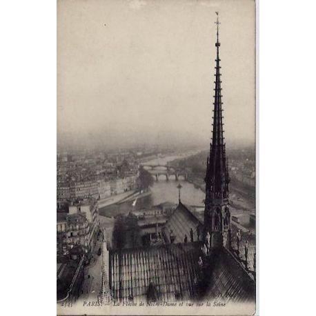75 - La Fleche de Notre-Dame et vue sur la Seine