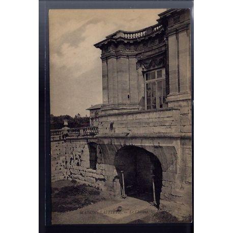 Carte postale 78 - Maisons-Laffitte - le chateau - les fosses - Non voyage - Dos divise