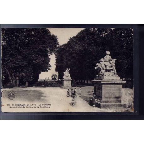 Carte postale 78 - St-Germain-en-Laye - le parterre - rond-point de l' allee de la Dauph