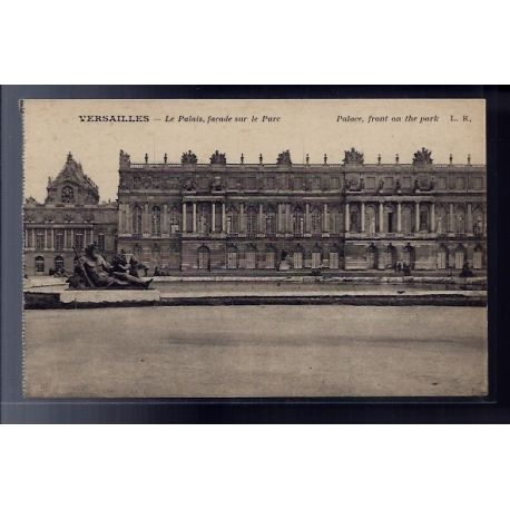 Carte postale 78 - Versailles - Le Palais - facade sur le Parc - Non voyage - Dos divise