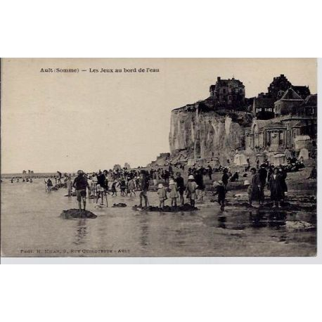 Carte postale 80 - Ault - Les jeux au bord de l'eau - Voyage - dos divise