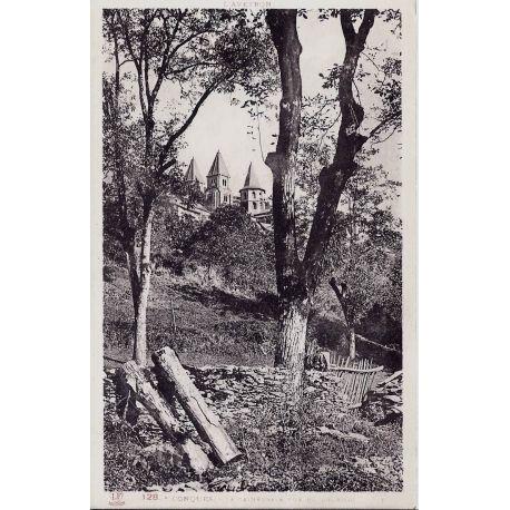 Carte postale 81 - Conques - La Cathedrale