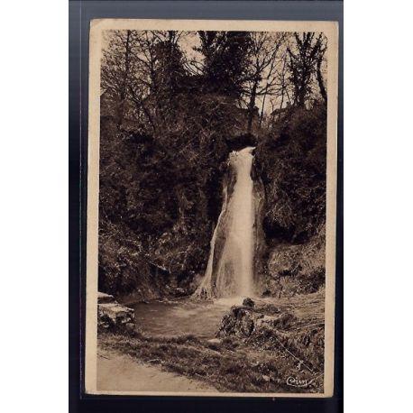 82 - Caylus - La cascade - Voyage - Dos divise