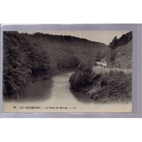 83 - La Bourboule - la route du barrage - Voyage - Dos divise