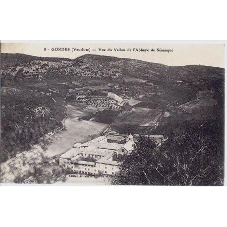 84 - Gordes -Vue du vallon de l'abbaye de Senanque
