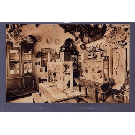 85 - Croix-de-Vie - la petite salle du Musee de Bise-dur - Non voyage - Dos