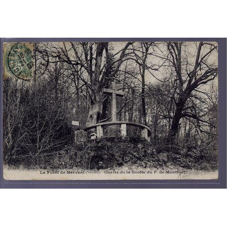 Carte postale 85 - La foret de Mervent - Chaire de la grotte du P.de Montfort - Voyage -