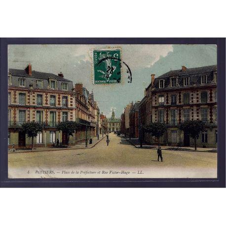 86 - Poitiers - Place de la Prefecture et rue Victor Hugo - Voyage - Dos di