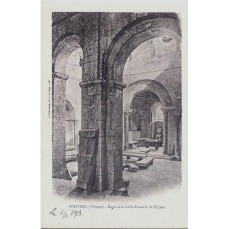 86 - Poitiers-Baptistere Gallo Romain
