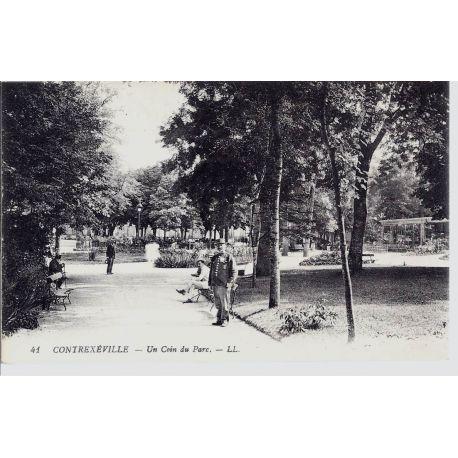 Carte postale 88 - Contexeville - Un coin du parc