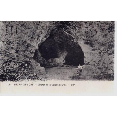 Carte postale 89 - Arcy/Cure - Entree de la grotte des fees