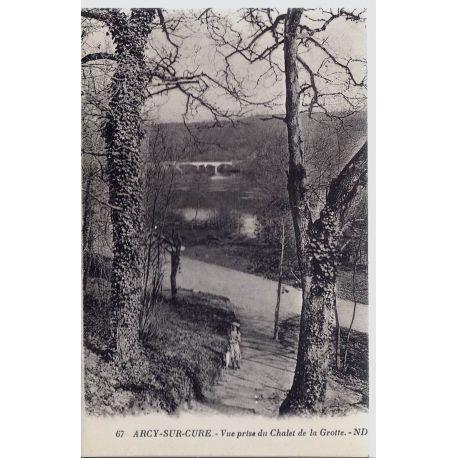 Carte postale 89 - Arcy/Cure - Vue prise du Chalet de la Grotte