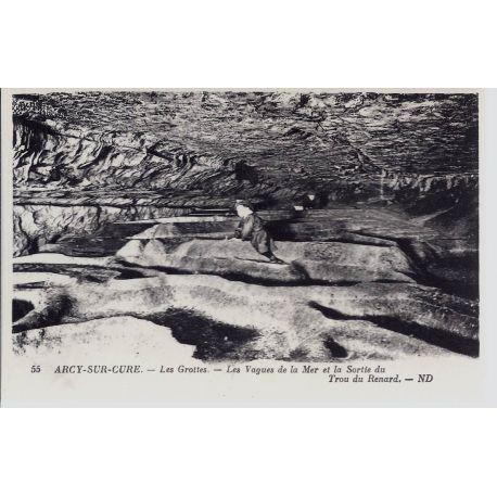 Carte postale 89 - Arcy/Cure -Vagues de la mer et trou du renard