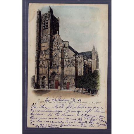Carte postale 89 - Auxerre - La Cathedrale - eglise Saint-Etienne - Voyage - Dos non divi