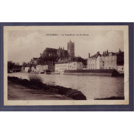 Carte postale 89 - Auxerre - la Cathedrale vue des quais - Voyage - Dos divise