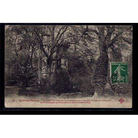 Carte postale 92 - Bellevue-Meudon - la tour des dames de France construite par l'ordre d
