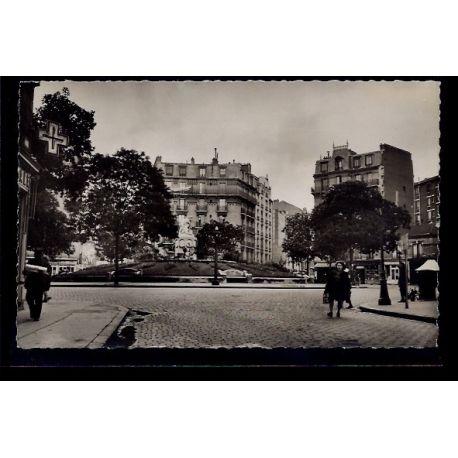 Carte postale 92 - Clichy - Place de la Republique - Voyage - Dos divise