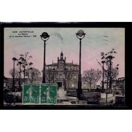 Carte postale 94 - Alfortville - La Mairie et le nouveau square - Voyage - Dos divise